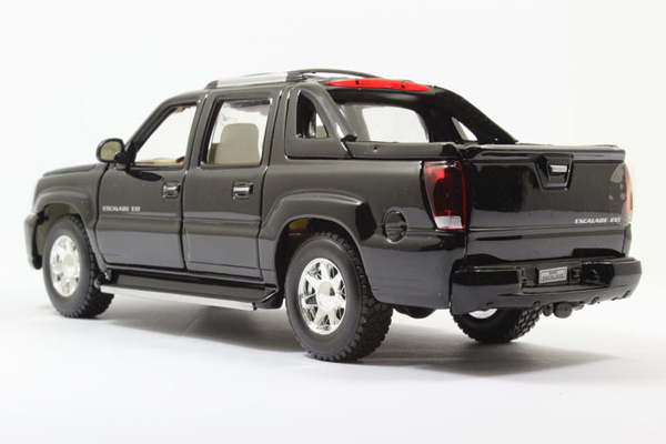 Free-Shipping-Brand-New-Welly-1-24-Scale-Cadillac-Escalade-EXT-Pickup-Truck-Diecast-Car-Model