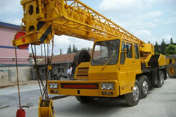 tadano_crane_30_ton_used_truck_crane